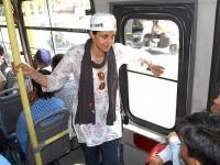 Gul-panag-on-bus
